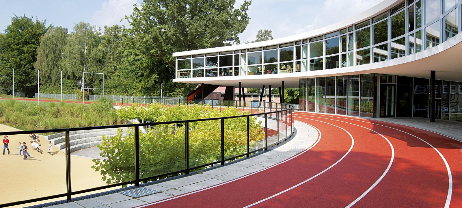 Running track on a roof