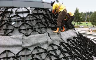 Georaster® elements are installed on a steep-pitch roof